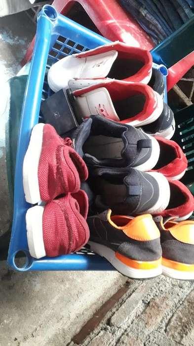 Lote de Zapatillas para Niño