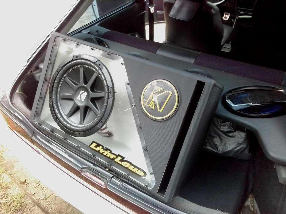 audio para carro como nuevo