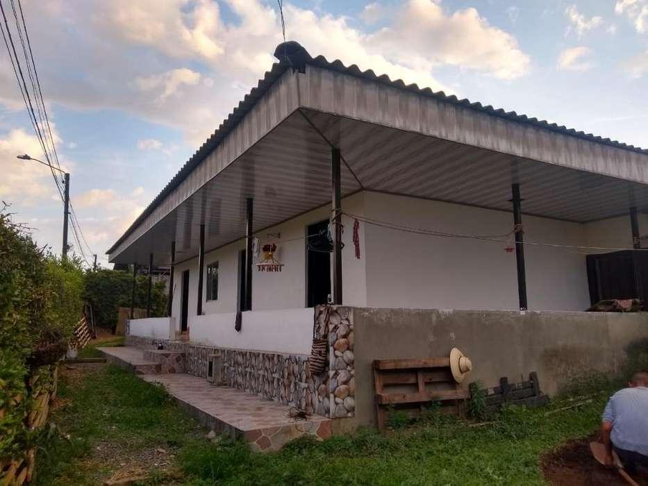 Vendo Casa Lote Sta Rosa Sector La Maria