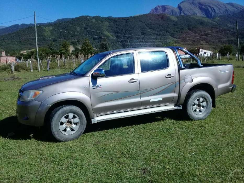 <strong>toyota</strong> Hilux 2007 - 212000 km