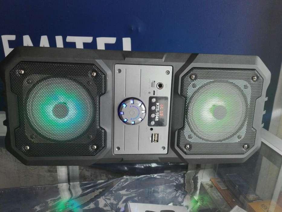 Parlante Super Sonido Y Bluetooth