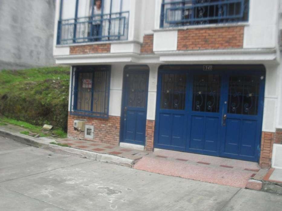 SE VENDE <strong>apartamento</strong> CENTRAL BARATO PRIMER PISO MUY BONITO