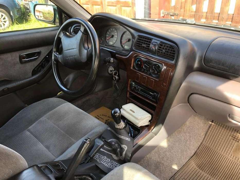 Subaru Legacy 2001 - 278 km