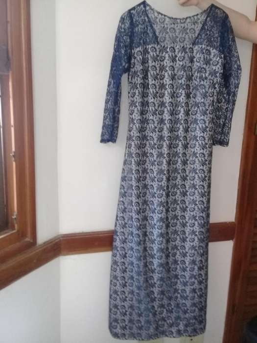 Vestido de fiesta azul encaje Talle M 990