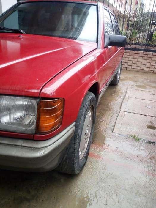 <strong>mercedes-benz</strong> Clase E 1985 - 1000 km