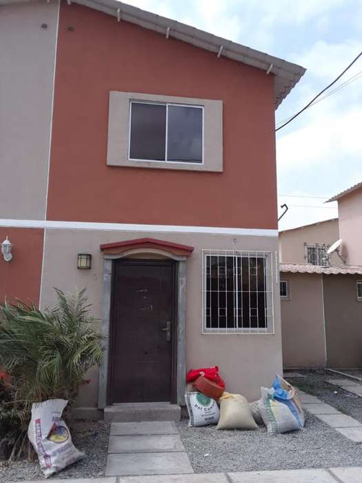 Vendo Casa en <strong>ciudad</strong> Santiago 3 Dormit.