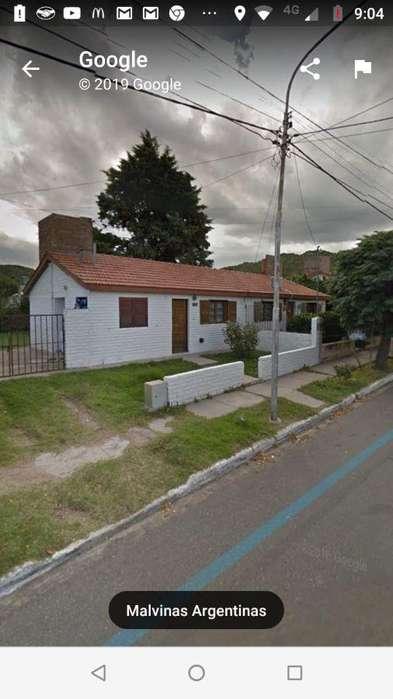 Casa en venta de 2 dormitorios c/ cochera en Juana Koslay