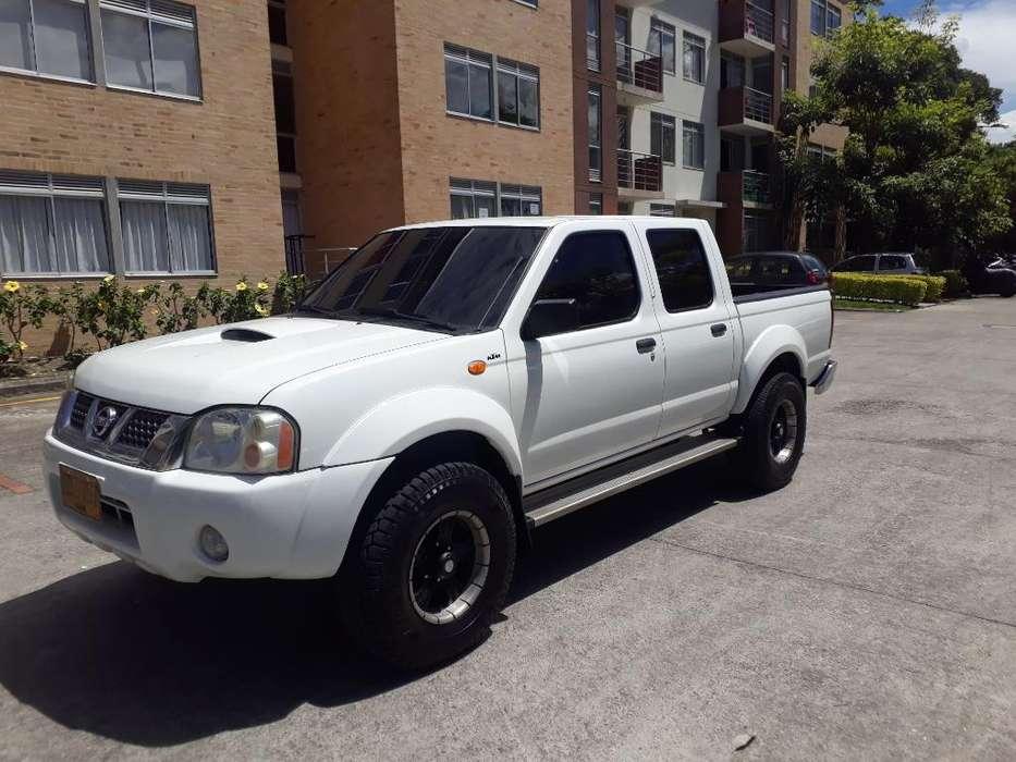 Nissan Frontier 2006 - 154000 km