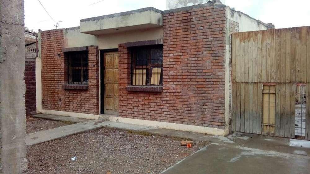 Vendo Casa Carrodilla Limite Godoy Cruz