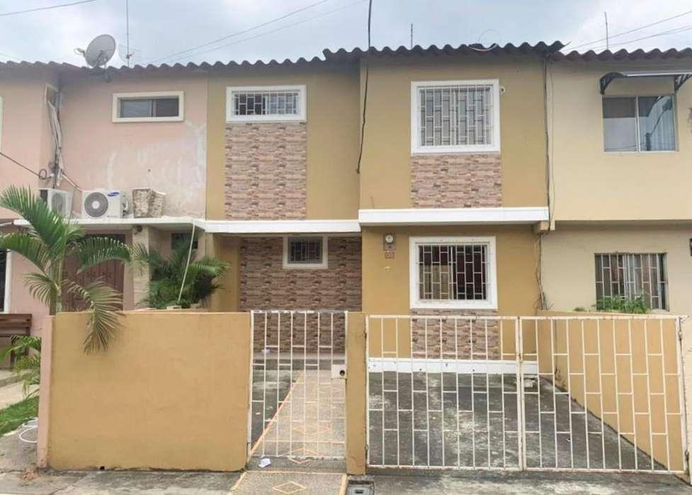 Venta de Casa, Urb. Villa España Etapa Valencia, Norte de Guayaquil