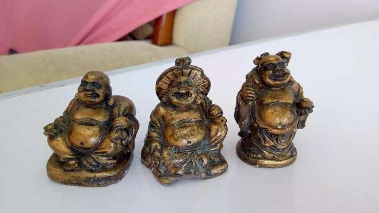 Budas pequeños