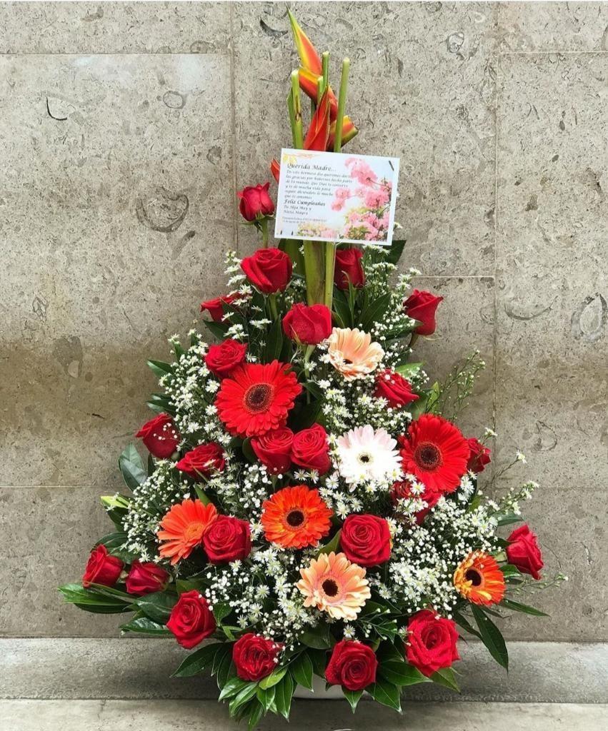 Hermosos Arreglos Florales 3134871116 Bucaramanga