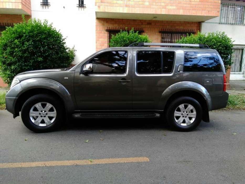 Nissan Pathfinder 2007 - 189000 km