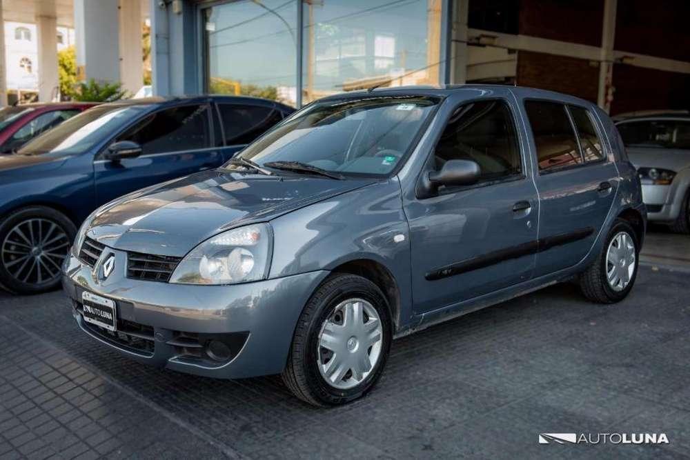 Renault Clio  2011 - 145000 km
