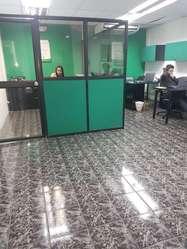Oficinas de Venta sector Centro, amplia area de parqueo