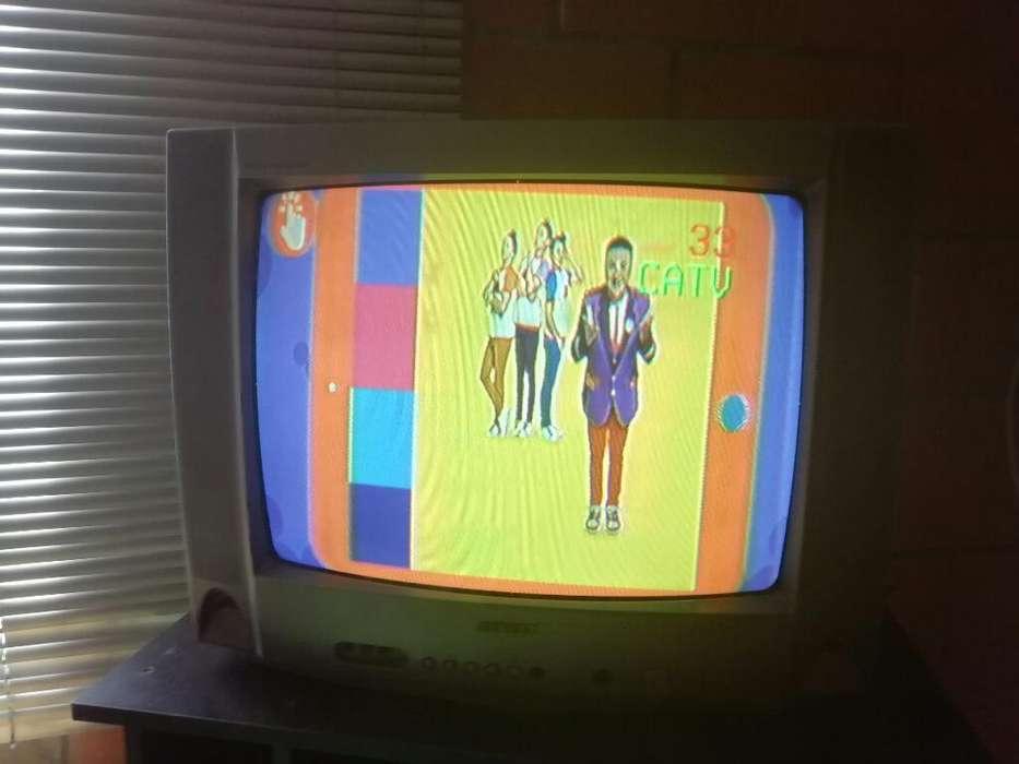 <strong>televisor</strong> 21 Pulgadas con Control