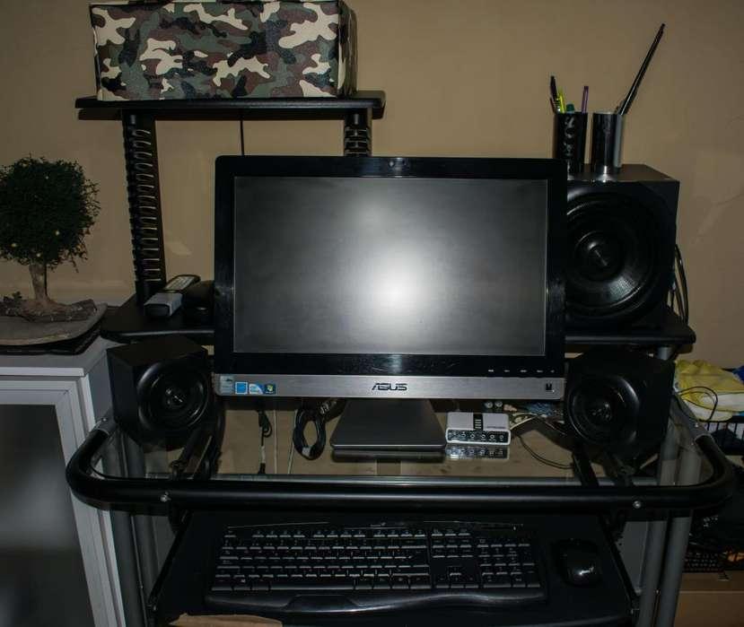PC All In One Azus funcionando bien! Hermosa!