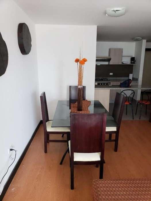 Alquiler, renta Departamento Amoblado 2 dormitorios, República del Salvador, Parque La Carolina, Centro Norte de Quito