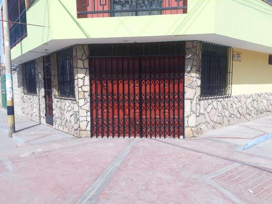 Alquilo Local Llamar Al 958276736.