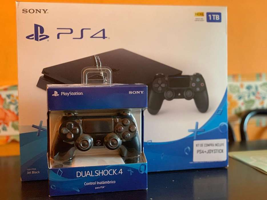 Vendo Ps4 1 Tb con Boleta