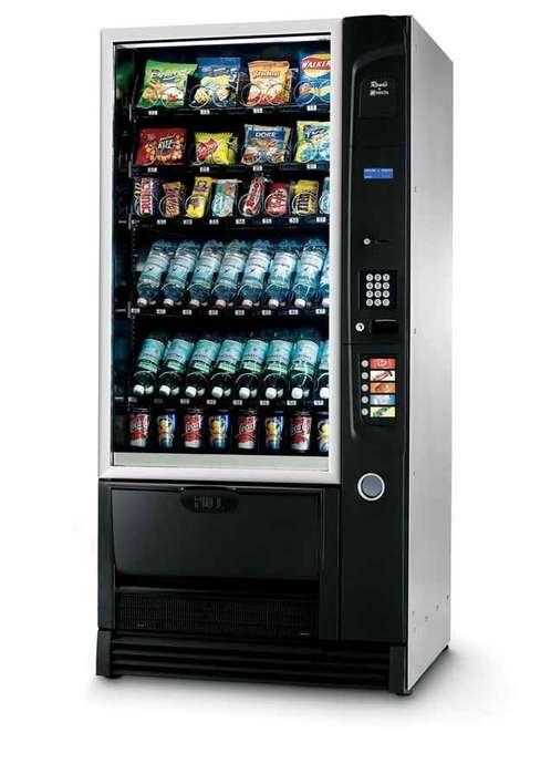 Maquina Vending De Snacks Bebidas Frias Usada