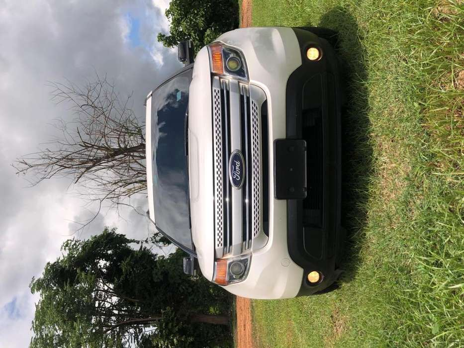 Ford Explorer 2014 - 92000 km