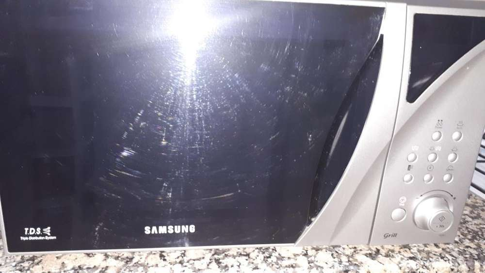 Horno <strong>microondas</strong>/Grill - Samsung 23L