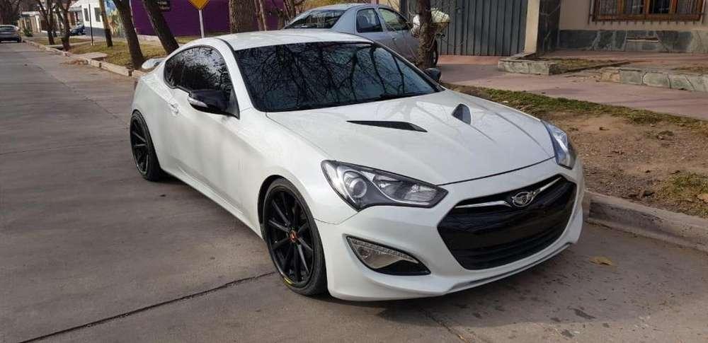 <strong>hyundai</strong> Genesis Coupe 2013 - 1000 km