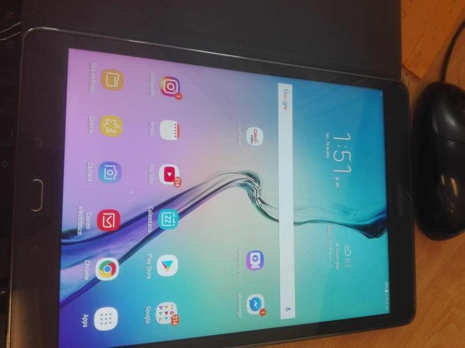 se vende tablet samsung modelo T 550 Semi nuevo a solo 580 soles en buen estado