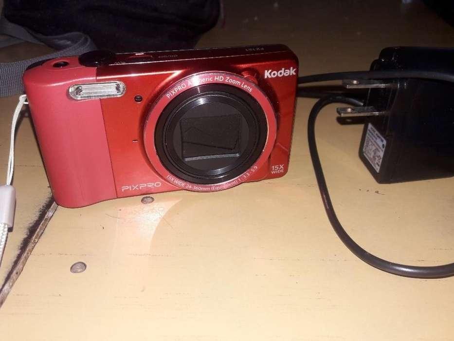 Cámara Digital Kodak Pixpro Fz151 con Bo