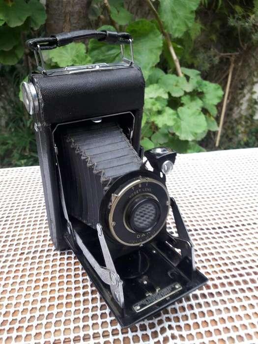 Antigua Camara Kodak Fuelle