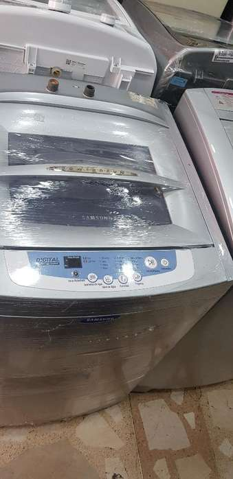 Lavadora Samsung Digital de 30libras