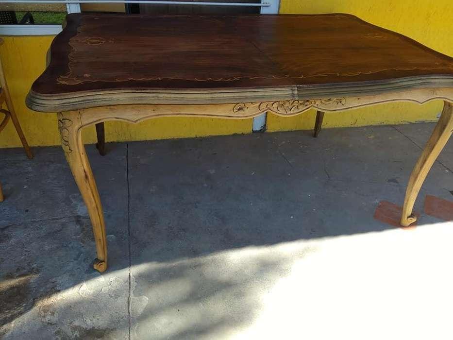 Mesa de <strong>comedor</strong> estilo francés LUIS XV con alargue
