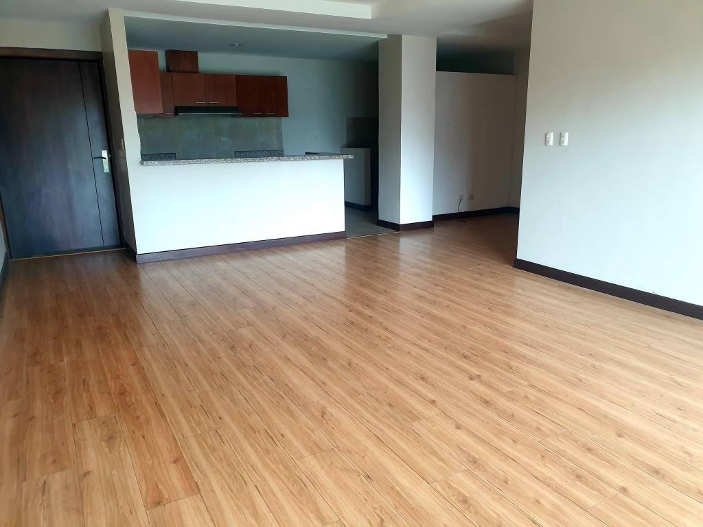 Departamento en alquiler sector Estadio Tres dormitorios
