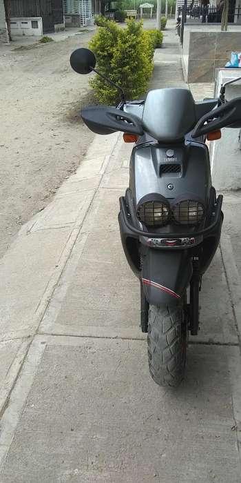 Se Vende Moto Vwis Modelo 2005