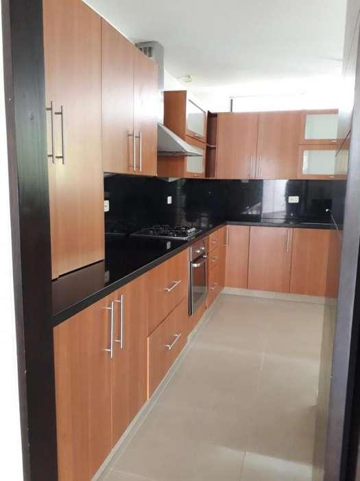 Cod. VBNEI88 Apartamento En Venta En Cali Aguacatal