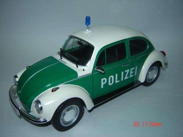 Vendo VW Escarabajo policía, escala 1/18