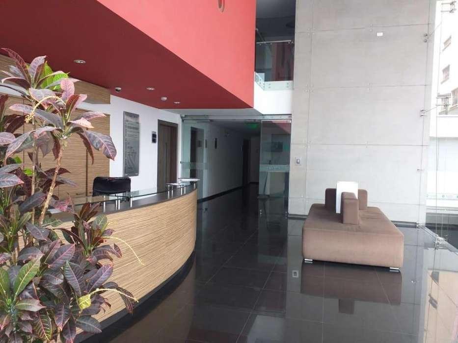 En venta Hermosa Oficina Nueva Sector La Coruña zona Financiera WhatsApp 0995800928