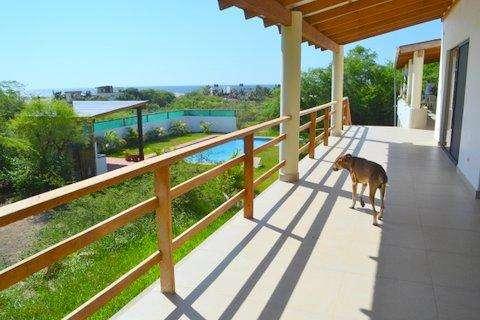 VENDO, Casa de Playa en Vichayito con piscina, área de juegos, etc.