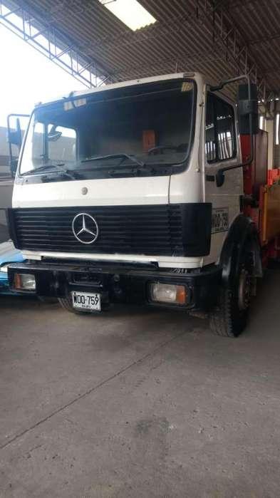 Camión Mercedes 2002 Bomba De Concreto