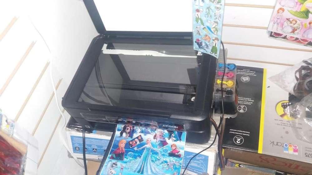Impresora Multifuncional Epson Xp241