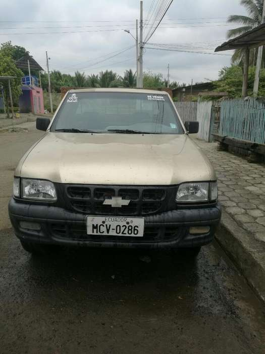 Chevrolet Luv 2002 - 111 km