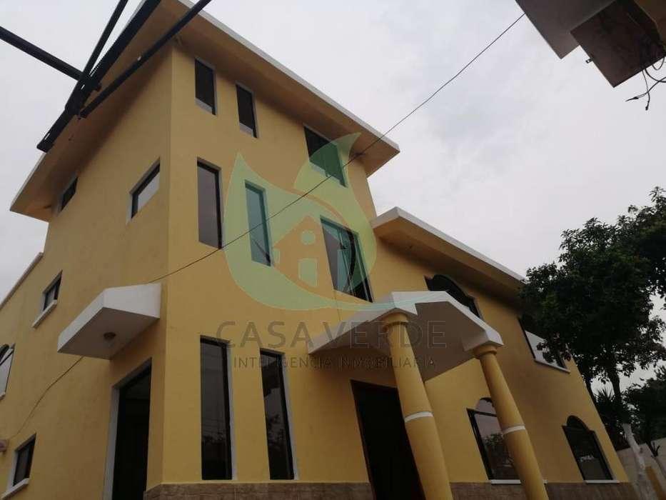 Se Renta Casa en Tumbaco Sector Centrico