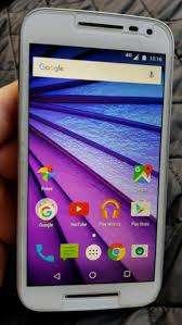 celular Motorola G3 Poco USO 3 Carcasas de colores