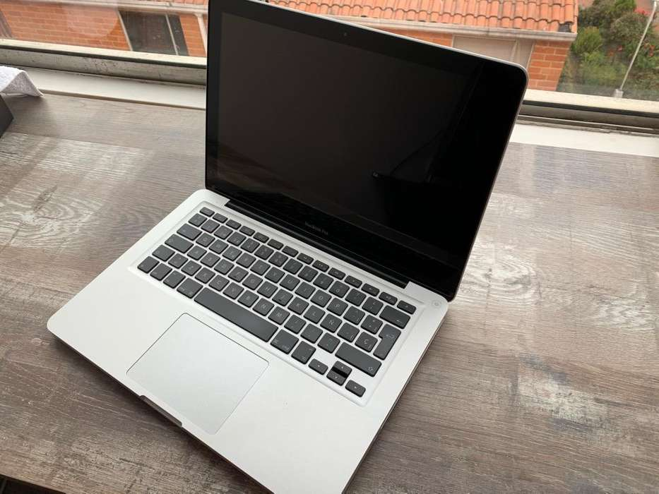 MacBook Pro 13 Mid 2012, Core i5 4GB RAM