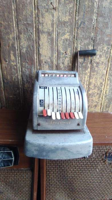 Antigua Maquina Troquelador de Cheques