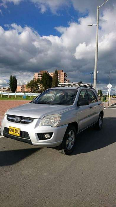 Kia Sportage 2009 - 130000 km