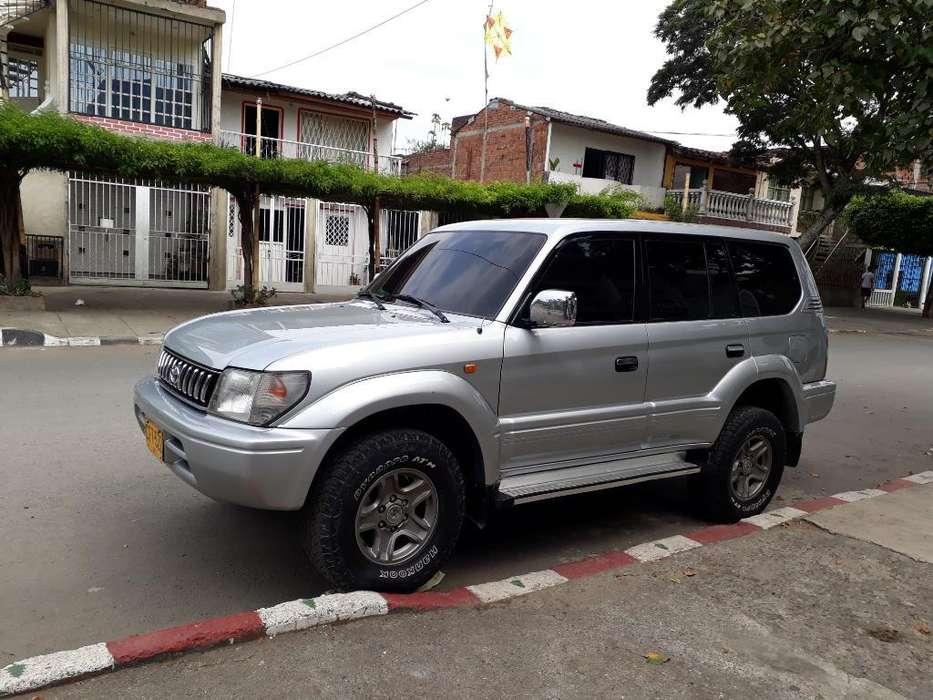 <strong>toyota</strong> Land Cruiser Prado 2000 - 161230 km