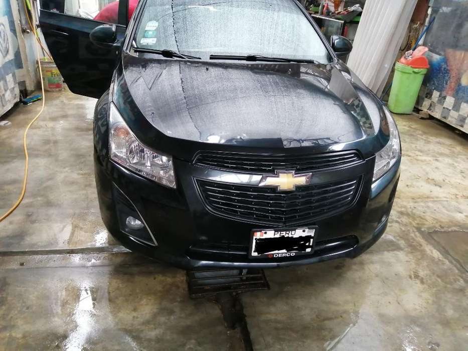 Chevrolet Cruze 2012 - 900000 km