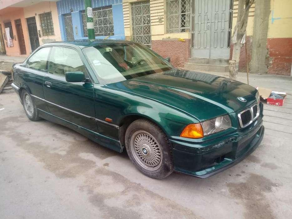 BMW 328i 1997 - 99999999 km